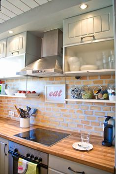 Tiny Kitchen Renovation with Faux Painted Brick Backsplash My goal-brick backsplash and wood countertop. Kitchen Paint, Kitchen Redo, Kitchen Dining, Kitchen Backsplash, Kitchen Ideas, Backsplash Ideas, Kitchen Storage, Kitchen Brick, Splashback Ideas