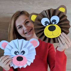 Timestamps DIY night light DIY colorful garland Cool epoxy resin projects Creative and easy crafts Plastic straw reusing ------. Monkey Crafts, Bear Crafts, Kindergarten Crafts, Preschool Crafts, Animal Crafts For Kids, Diy For Kids, Paper Crafts For Kids, Fun Crafts, Theme Bapteme