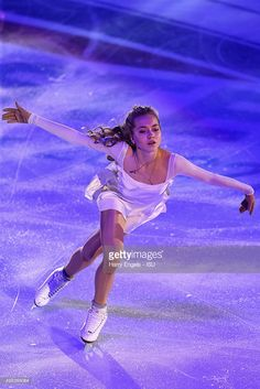 Elena Radionova of Russia skates during the Exhibition Gala on day three of the Rostelecom Cup ISU Grand Prix of Figure Skating 2015 at the Luzhniki Palace of Sports on November 22 2015 in Moscow Russia. Elena Radionova, Figure Skating Outfits, Figure Skating Quotes, Skating Pictures, Rostelecom Cup, Ice Skaters, Cool Poses, Ice Dance, Ice Princess