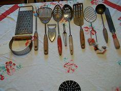 12 kitchen tools
