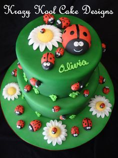 Coccinelle Cake Toppers par KrazyKoolCakeDesigns sur Etsy