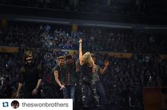 It's a bird...it's a plane...it's the AMAZING BUFFALO CROWD!!! Thanks for having us tonight!!! We had a blast! #TheStorytellerTour by carrieunderwood