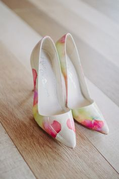 Garden themed wedding shoes: http://www.stylemepretty.com/california-weddings/san-diego/2014/09/26/romantic-garden-inspired-seaside-wedding/ | Photography: L. Hewitt - http://landmhewitt.com/