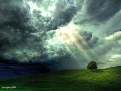 Storm Cloud Sun Rays | by yennyday