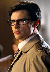 Tom Welling as Clark Kent - Smallville.