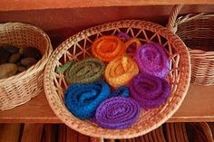 Must knit up some of these. Think of all the uses...
