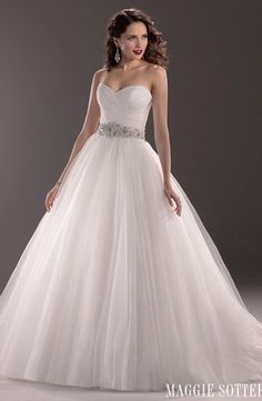 Bridal Gowns: Maggie Sottero A-Line Wedding Dress with Sweetheart Neckline and Natural Waist Waistline