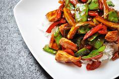 Küchenzaubereien: Asiatische Wokpfanne mit Hähnchen