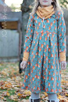 9a74c320b8 Squirrel at Work JOMA-style.de Maedchenwahn Fabric Squirrel at Work  Lillestoff Textilien. stoffbotin.de · Bio Jersey Stoffe ...