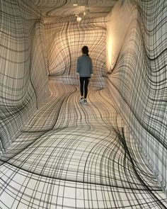 """Peter Kogler """"Next"""", ING Art Center, Brussel. Installation art that engages the audience and uses line to create implied space Street Art, Instalation Art, Art Plastique, Op Art, Optical Illusions, Optical Illusion Art, Oeuvre D'art, Contemporary Art, Funny Pictures"""