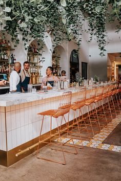 This new restaurant in Los Angeles was opened by a husband and wife aiming to showcase their Middle Eastern heritage through traditional cuisine. Cafe Bar, Cafe Restaurant, Cafe Design, Store Design, Coffee Shop, Bar Deco, Los Angeles Restaurants, Best Restaurants In La, Downtown Los Angeles