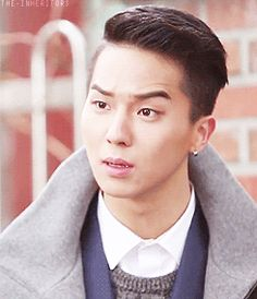 Tumblr mino eyebrow heir parody    Let me give him an award for an idol who trying so hard just become really look like Young Do :D