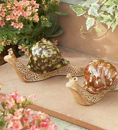 Ceramic snails for decor