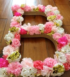 Would be easy to diy. Hot glue tissue paper flowers to a large letter either from the craft store or made out of cardboard Won't this be pretty Jen? Paper flowers are easy enough to make! Tissue Paper Crafts, Tissue Paper Flowers, Diy Flowers, Diy Paper, Faux Flowers, Wedding Flowers, Craft Projects, Projects To Try, Deco Rose