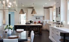 love the lighting in this kitchen