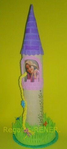 Rapunzel en Castillo en goma eva