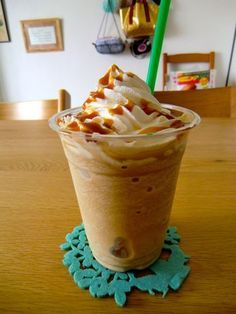 Detox Diet Drinks, Smoothie Drinks, Sweets Recipes, Coffee Recipes, Desserts, Dessert Drinks, Yummy Drinks, Yummy Eats, Yummy Food