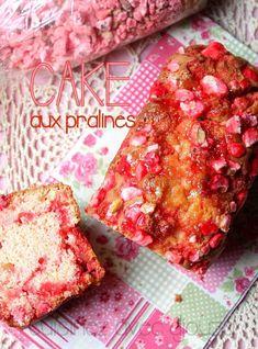 A tester : cake aux pralines roses Praline Recipe, Praline Cake, Cake Factory, Frozen Spinach, Savoury Cake, Quick Recipes, Cake Pans, Mini Cakes, Original Recipe