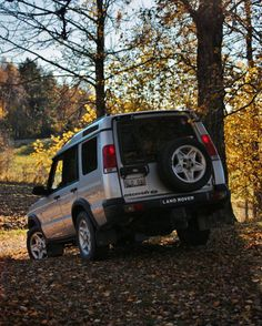 Fall  #LandRover #Discovery #disco #Land #Rover #Landy #offroad #beautiful #turbo #turbodiesel #landroverseries #serieslandrover #Defender #notadefender #jeep #landroverdefender #diesel #DiscoveryTd5 #disco2 #4x4 #best4x4xfar #td5 #awesome #beautiful #roadtrip #RangeRover #Range #SLRK #Sweden #Discovery2 by woutertommulder Fall  #LandRover #Discovery #disco #Land #Rover #Landy #offroad #beautiful #turbo #turbodiesel #landroverseries #serieslandrover #Defender #notadefender #jeep…