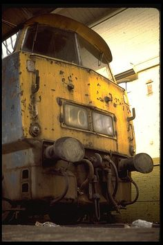 'Western Prince' at Swindon Works on Aug Built at Crewe Works and delivered to Old Oak Common depot on Oct Withdrawn on Feb 1977 and now preserved on the East Lancashire Railway. Buses And Trains, Old Trains, Electric Locomotive, Diesel Locomotive, Painted Shed, Abandoned Train, Abandoned Places, Train Pictures, British Rail
