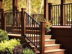 Looking for the right outdoor deck hand railing that matches your overall deck design? Trex Reveal Railing is the stong, slseek solution. Outdoor Stair Railing, Front Porch Railings, Metal Railings, Deck Stairs, Deck Railings, Railing Ideas, Hand Railing, Stair Handrail, Front Deck