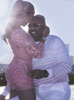 Lightup Concepts: Steve Harvey & Wife celebrates his birthday as the...