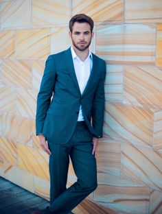 Chris Pine suits up while attending a portrait session for his new flick Star Trek Into Darkness on Tuesday (April 23, 2013) in Sydney, Australia.