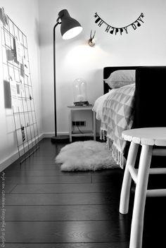 Zwart, wit & hout: Onze slaapkamer