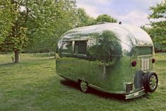 trailers on vintage seekers this would be fun to road trip/camp in. Would love a vintage airstream all pimped out like this one :)this would be fun to road trip/camp in. Would love a vintage airstream all pimped out like this one :) Airstream Bambi, Airstream Campers, Vintage Airstream, Vintage Travel Trailers, Camper Trailers, Vintage Campers, Vintage Caravans, Airstream Living, Retro Trailers