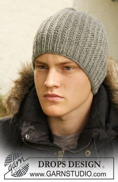 Tristan - knitted hat with textured pattern for men in DROPS Karisma or DROPS Merino Extra Fine - Free pattern by DROPS Design Tristan - DROPS hat in «Karisma Knitting Patterns Free, Knit Patterns, Free Knitting, Baby Knitting, Free Pattern, Loom Knit Hat, Knitted Hats, Crochet Hats, Knit Hat For Men