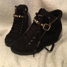 Wedge sneakers 2in wedge sneaker. Black with gold hardware, super cute. Dress up or down Xhilaration Shoes Wedges