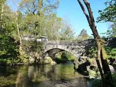 http://moviemaster.hubpages.com/hub/A-Walk-to-Skelwith-Bridge-in-the-Lake-District