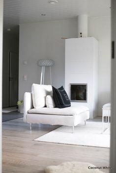 Uusi nojatuoli olohuoneessa - Ikea Söderhamn | Coconut White