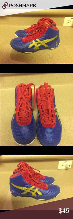 cadf36691267 Asics Wrestling Shoes Blue Gold Red Kids 4 Youth PreOwned Asics Wrestling  Shoes Blue