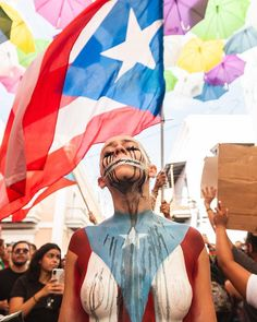 Let the world know, Queen! I STAND WITH PUERTO RICO. Puerto Rican People, Puerto Rican Flag, Cancun, Puerto Rican Festival, Puerto Rico Tattoo, Puerto Rico Pictures, Latino Art, Puerto Rico History, Puerto Rican Culture