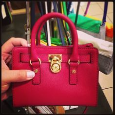 michael kors mini purse #michael #kors #mini #purse # http://fashionmichaelkors.blogspot.com/