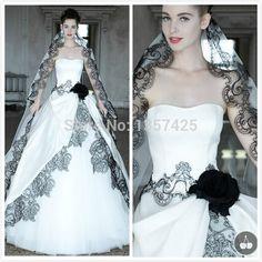 278039c2d2 31 mejores imágenes de Velo de novia negro