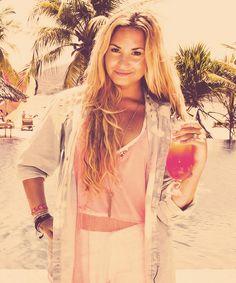 Demi-Lovato-demi-lovato-32385440-500-600.jpg (500×600)
