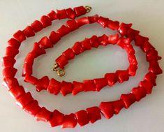 Catawiki online auction house: Genuine Mediterranean coral necklace with original 18k gold clasp- 46,5 cm
