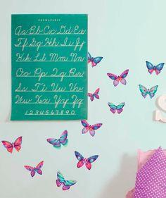 Mariposas - Vinilo Adhesivo, decoración de paredes. $59.900 COP. Encuentra más vinilos adhesivos en www.giferent.com/vinilos-decorativos-adhesivos