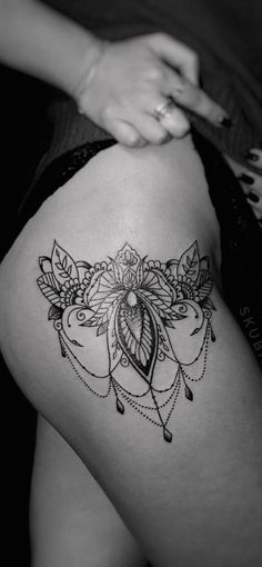 Sponsored Post Lace Tattoos: You Have Never Been So Sexy Before Since the century till our days, the lace transformed from a delicate fabric used for Elegant Tattoos, Pretty Tattoos, Beautiful Tattoos, Lace Thigh Tattoos, Lace Tattoo, Mini Tattoos, Body Art Tattoos, Small Tattoos, Stomach Tattoos