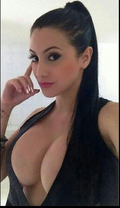 Make money pinning beauties like this one.  #selfie #selfies #Self_shot #self_pic #mirror_selfies. www.goviralpower.com