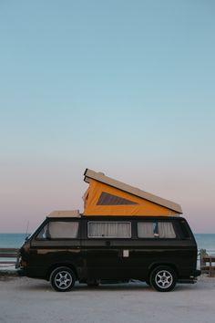 Van life : un van trip en France - FAQ - Trendy Mood - Magazine Lifestyle Volkswagen, Photos Voyages, Belle Photo, Van Life, Vans, Camping, France, Magazine, Mood