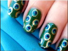 What a cute idea! I like that it isn't terribly obvious that it is peacock related and that its got polka dots...because what is better than polka dots?? Pretty much nothing.
