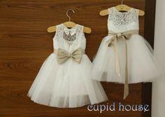 Brown Lace Blumenmädchen Kleid 2014 von CupidHouse auf Etsy, $69.00