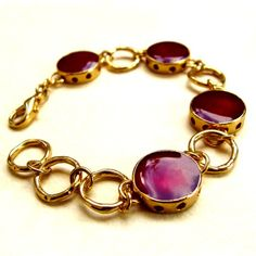 gold and bordeaux bracelet - I like the detail on the gold edges