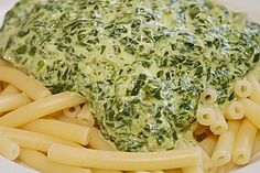 Spinat – Frischkäse – Soße Spinach cream cheese sauce, a great recipe from the Vegetarian category. Sauce Recipes, Pasta Recipes, Cooking Recipes, Easy Dinner Recipes, Great Recipes, Easy Meals, Veggie Recipes, Vegetarian Recipes, Healthy Recipes