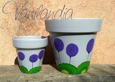 modelo: Cumbrecita macetas tamaño 10 y 16 colores: gris y violeta Inspirado en Lavandas, Buddleias y Teucrium.
