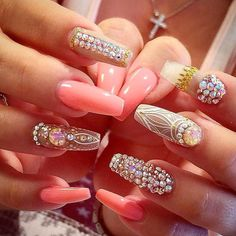 Having short nails is extremely practical. The problem is so many nail art and manicure designs that you'll find online Sexy Nails, Dope Nails, Glam Nails, Fancy Nails, Bling Nails, Stiletto Nails, Beauty Nails, Coffin Nails, Pink Bling