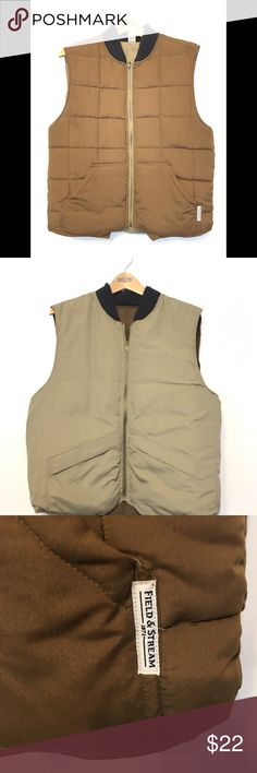 Field & Stream vest reversible • usable front pockets on both sides  • Pet free  • Smoke free  • Small stain on dark brown side - see pictures  • NOTE : color may vary due to lighting, camera monitor screen Field & Stream Jackets & Coats Vests